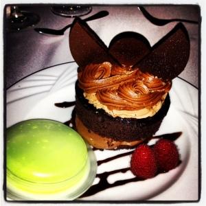 My dessert is glowing!